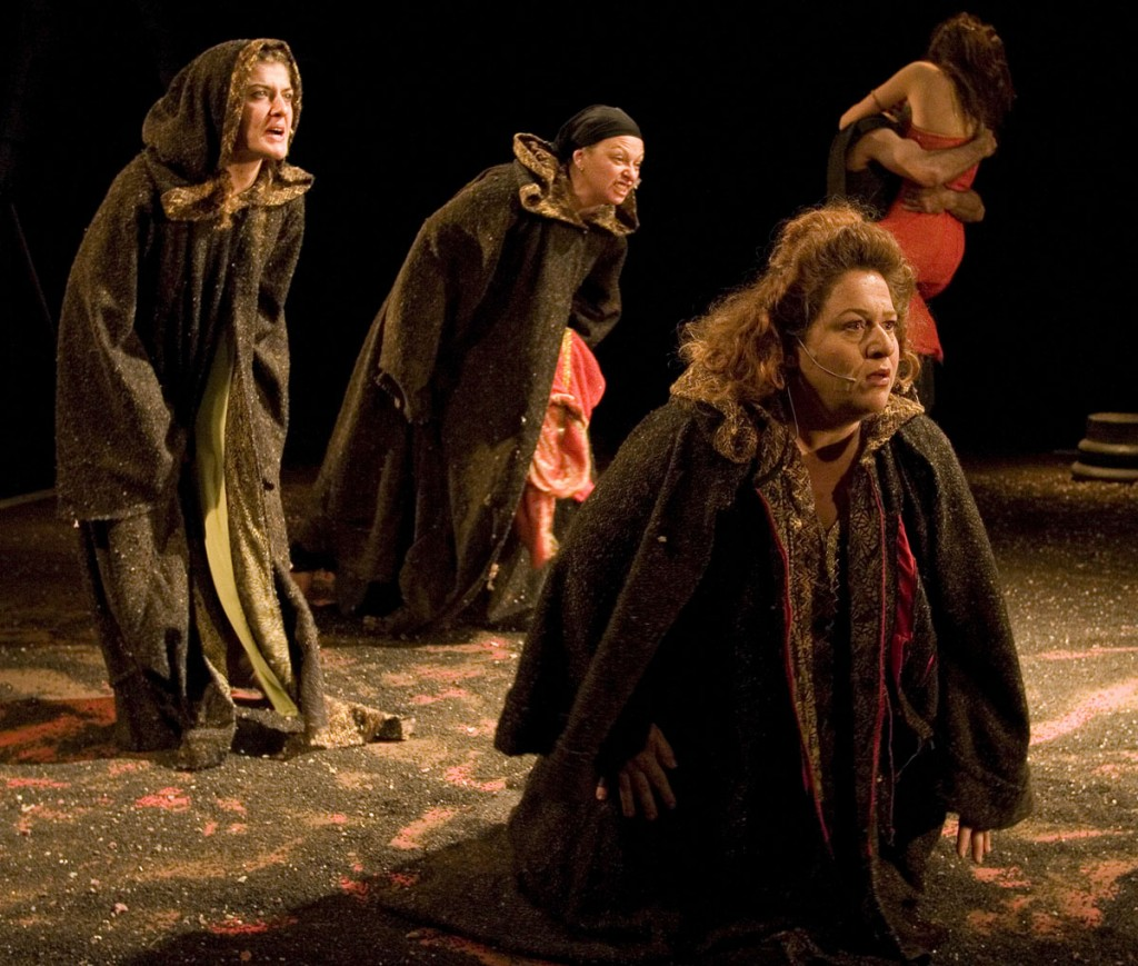 TheaterCAN_the_Trojan_Women_photo_NetaAlonim_01